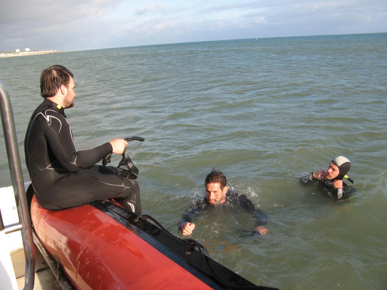 Entraînement en mer aux techniques de sauvetage